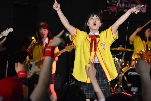 「叫べ!爆女祭 Vol.2、3日目!!。CREAが牙を剥けば、がんばれ!Victoryは青春の情熱を爆発!!。今宵は、まさに「情熱」に包まれた熱い熱い一夜!!|Myuu♪