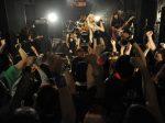 「叫べ ! 爆女祭 Vol.2 」 4 日目 !! は、スペシャルなコラボバンドが 3 組登場し、お祭騒ぎ !! 。「爆女祭」だからこそ見える組みあわせと選曲にファンたちの興奮も HIGH!HIGH!! ハイ !!! ハイ !!!!