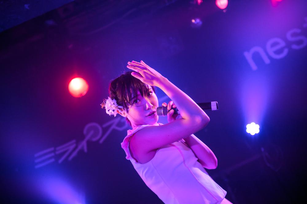 近づいてきた未来の音が。ミライスカートの東京初ワンマンのチケットが、1日2公演ともに完売!!「京の部」では「京都の風」を、「都の部」では「都会に色づく女の魅力」を、少し背伸びした香りも加えてプレゼント!!「今日はウェッティなの、これもみんなのおかげです」。|Myuu♪