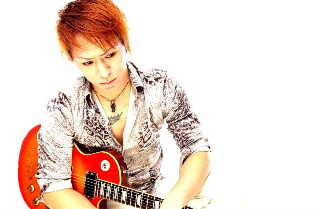 exJURASSIC のギターヒーローKOSHIROが語るINxSIDE STORY|Myuu♪